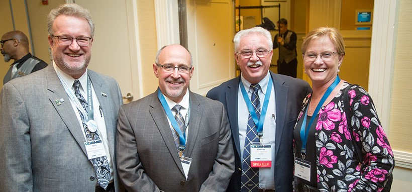 Members-at-Presidents-Reception