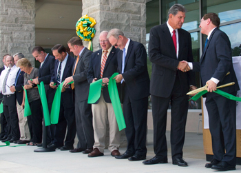09-2016_WVSOM-ribbon-cut-CR